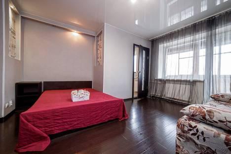 Сдается 1-комнатная квартира посуточно в Кемерове, Коммунистическая улица, 122.