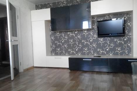 Сдается 2-комнатная квартира посуточно в Яровом, Алтайский край,квартал A дом 35.