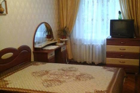 Сдается 2-комнатная квартира посуточно в Алуште, улица Заречная, 10.
