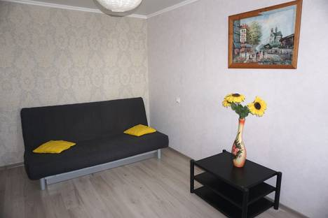 Сдается 1-комнатная квартира посуточно в Калининграде, ул.Фрунзе 72а.