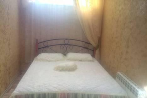 Сдается 2-комнатная квартира посуточно в Алуште, Краснофлотский переулок дом 5.