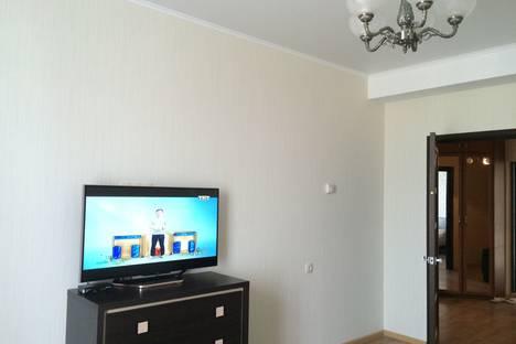 Сдается 1-комнатная квартира посуточно в Севастополе, улица Парковая, 16.