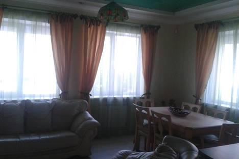 Сдается 3-комнатная квартира посуточно в Ялте, Крым,улица Чехова 25.