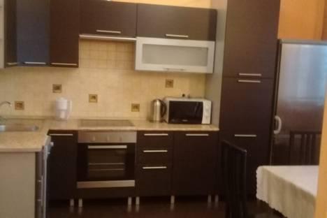 Сдается 2-комнатная квартира посуточно в Москве, улица Наташи Ковшовой, 25.