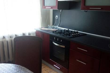 Сдается 1-комнатная квартира посуточно в Борисове, улица Строителей.
