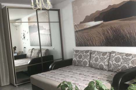 Сдается 1-комнатная квартира посуточно, Буденновский проспект, 31.