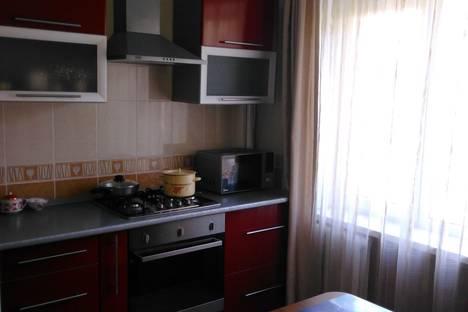 Сдается 2-комнатная квартира посуточно в Анапе, улица Первомайская, 32.