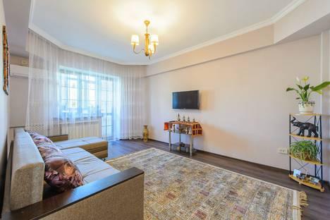 Сдается 2-комнатная квартира посуточно в Алматы, улица Мауленова 133.