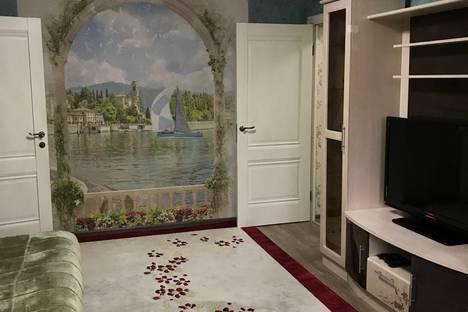 Сдается 2-комнатная квартира посуточно, улица Чайковского, 6.