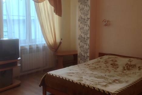 Сдается 1-комнатная квартира посуточно в Ялте, ул Володарского 10 г.