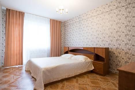 Сдается 2-комнатная квартира посуточно в Красноярске, улица Батурина, 30.