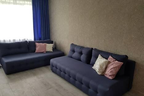 Сдается 1-комнатная квартира посуточно в Пионерском, Октябрьская улица.