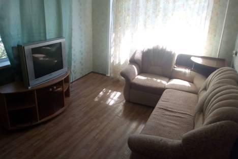 Сдается 1-комнатная квартира посуточно в Красноярске, Западная улица, 7.