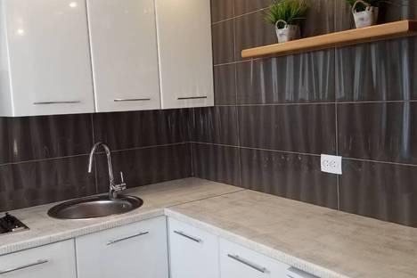 Сдается 1-комнатная квартира посуточно в Симферополе, улица Севастопольская,32.