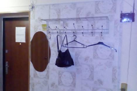 Сдается 2-комнатная квартира посуточно в Лесосибирске, Яблочкова, 6.