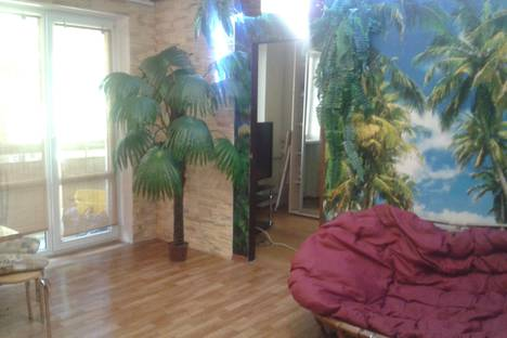 Сдается 3-комнатная квартира посуточно в Севастополе, улица Ефремова, 12.