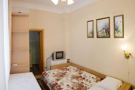 Сдается 1-комнатная квартира посуточно в Алупке, Приморский переулок 1.