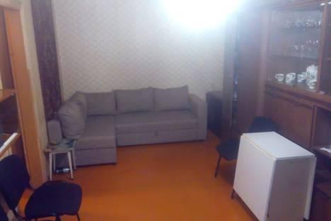 Сдается 2-комнатная квартира посуточно в Ростове-на-Дону, проспект Сельмаш, 8.