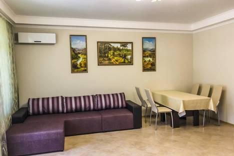 Сдается 1-комнатная квартира посуточно в Партените, улица Победы 1.