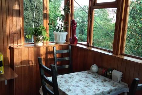 Сдается 3-комнатная квартира посуточно в Сочи, улица Гагарина, 16.