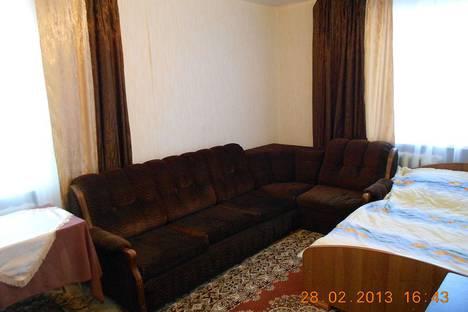 Сдается 1-комнатная квартира посуточно в Гатчине, проспект 25 Октября, 37.