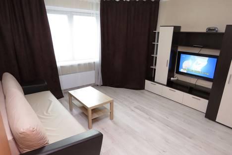 Сдается 3-комнатная квартира посуточно, Болотниковская улица, 30к2.