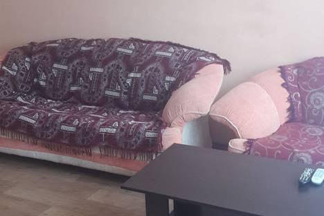 Сдается 3-комнатная квартира посуточно, улица Менжинского11 А.