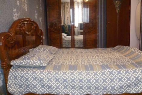 Сдается 1-комнатная квартира посуточно в Атырау, улица Махамбета 130А.