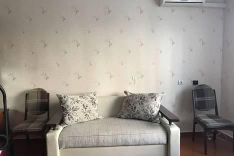 Сдается 1-комнатная квартира посуточно в Таганроге, Смирновский переулок, 137.