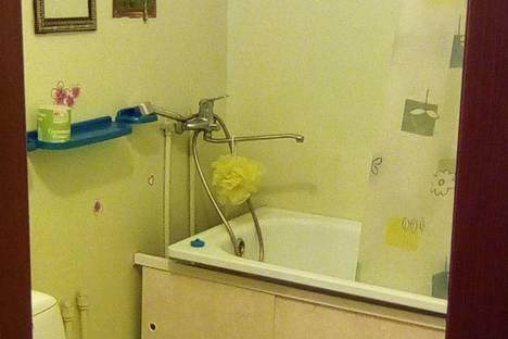 Сдается 1-комнатная квартира посуточно в Бердске, Лунная улица, 32.