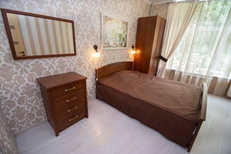 Сдается 2-комнатная квартира посуточно в Отрадном, улица Отрадная, 9.