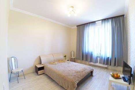 Сдается 1-комнатная квартира посуточно, Сибгат Хакима 46.