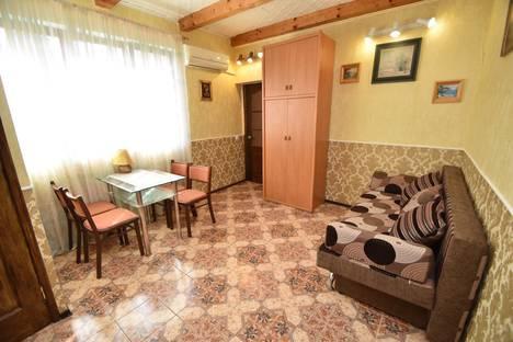 Сдается 1-комнатная квартира посуточно в Гурзуфе, ул.Артековская.