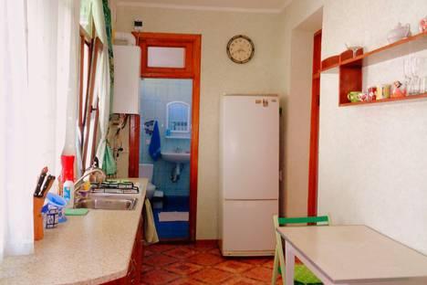 Сдается 2-комнатная квартира посуточно, улица Дражинского, 23.