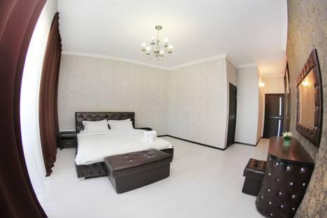 Сдается 3-комнатная квартира посуточно в Алматы, улица Навои 74.