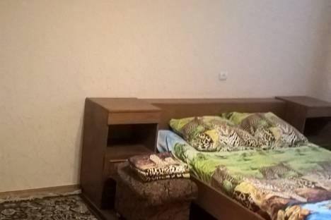 Сдается 1-комнатная квартира посуточно в Нальчике, улица Атажукина, 8.