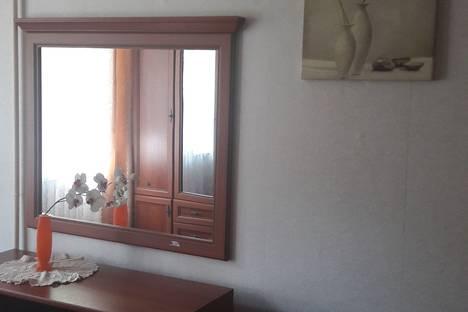 Сдается 2-комнатная квартира посуточно в Сочи, Красноармейская улица дом 18.
