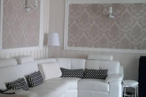 Сдается 3-комнатная квартира посуточно в Сочи, улица Воровского, 41.