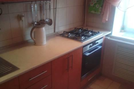 Сдается 1-комнатная квартира посуточно в Новочеркасске, Высоковольтная улица 2.