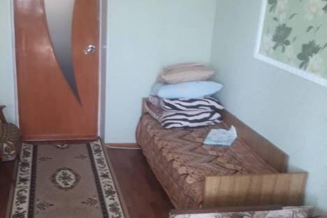 Сдается 2-комнатная квартира посуточно в Евпатории, улица Дмитрия Ульянова, 1А.