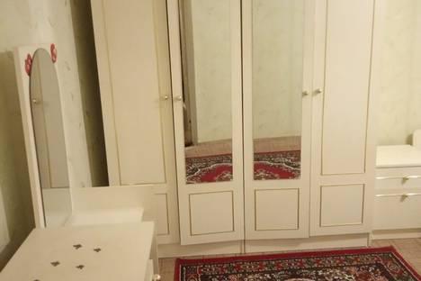Сдается 2-комнатная квартира посуточно в Бердянске, Бердянськ, вулиця Пушкіна, 14.