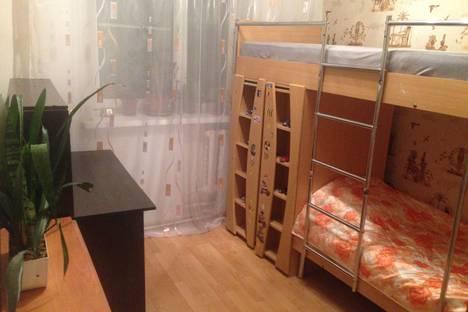 Сдается 2-комнатная квартира посуточно в Ульяновске, улица Минаева.