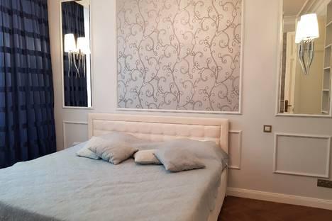 Сдается 3-комнатная квартира посуточнов Москве, улица Земляной Вал, 65 строение 1.