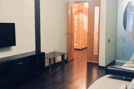 Сдается 1-комнатная квартира посуточно в Барнауле, проспект Красноармейский, 61.