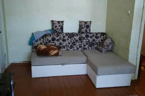 Сдается 2-комнатная квартира посуточно в Костроме, Военный городок 1.