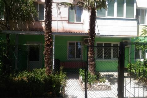 Сдается 3-комнатная квартира посуточно в Форосе, улица Космонавтов 5.
