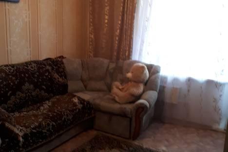 Сдается 1-комнатная квартира посуточно в Яровом, квартал A, 3.