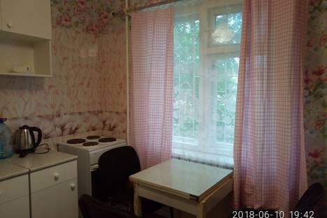 Сдается 1-комнатная квартира посуточно в Петрозаводске, проспект Комсомольский, 19А.