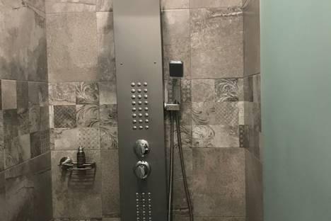 Сдается 3-комнатная квартира посуточно в Тбилиси, улица Бидзина Квернадзе,35.