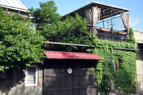 Сдается коттедж посуточно, Tbilisi, Samreklo Street, 25.